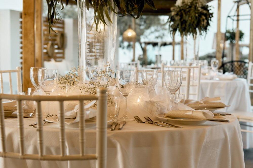 fougaro beach bar santorini wedding 1