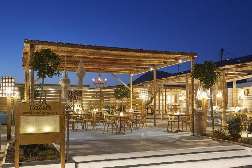 fougaro beach bar santorini wedding 4