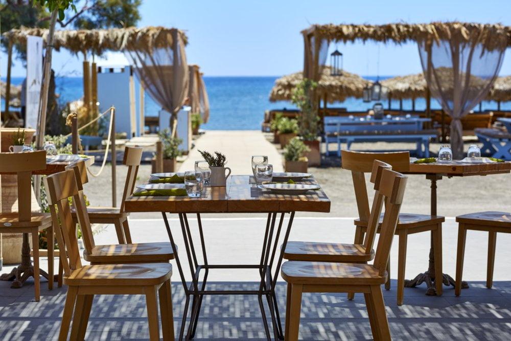 fougaro beach bar santorini wedding 6