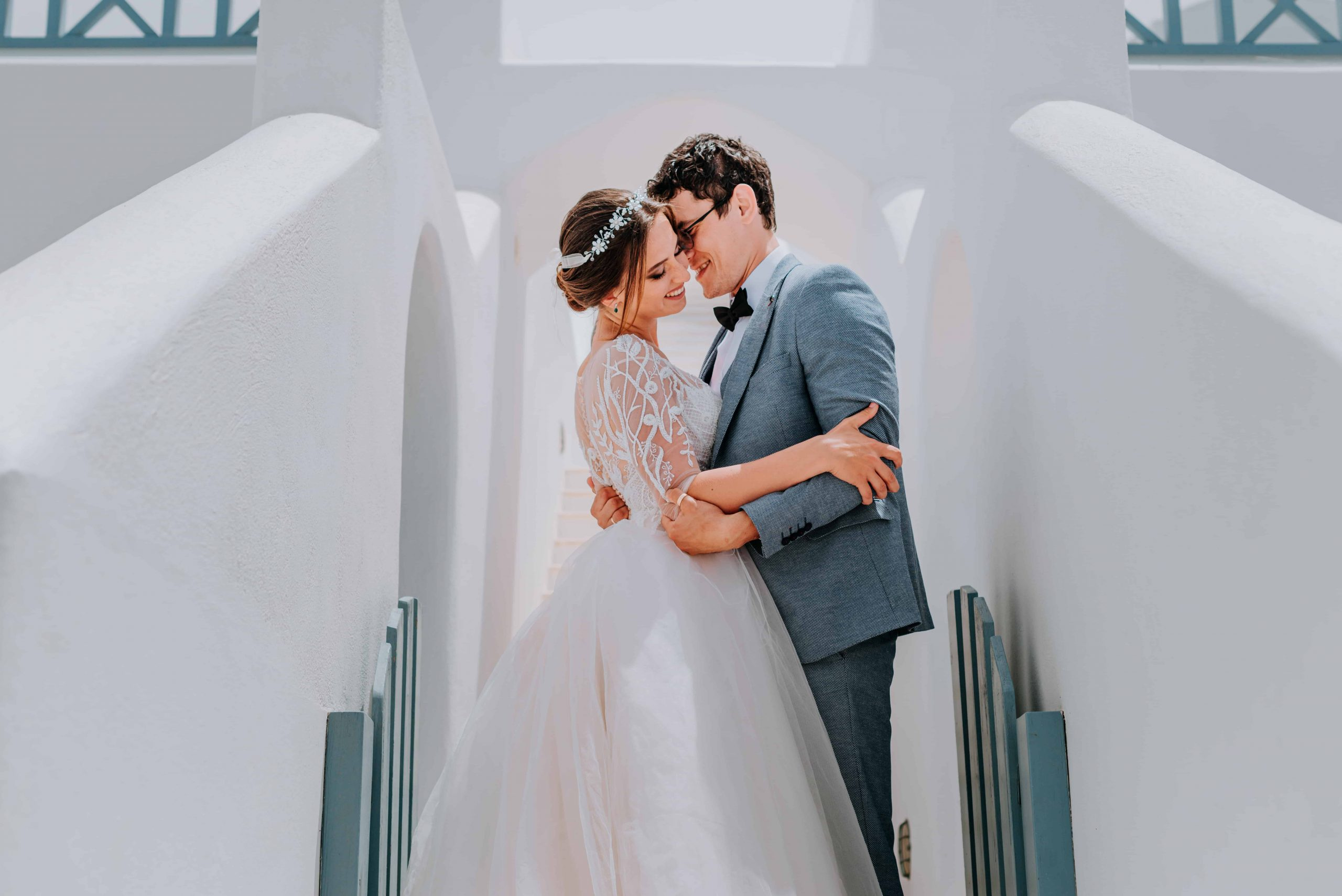 santorini wedding couple 2b