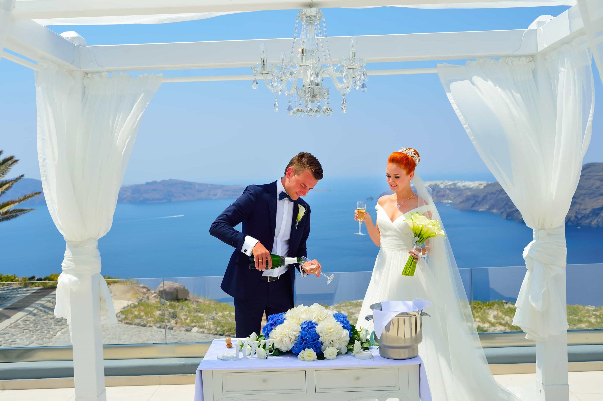santorini wedding couple 3c