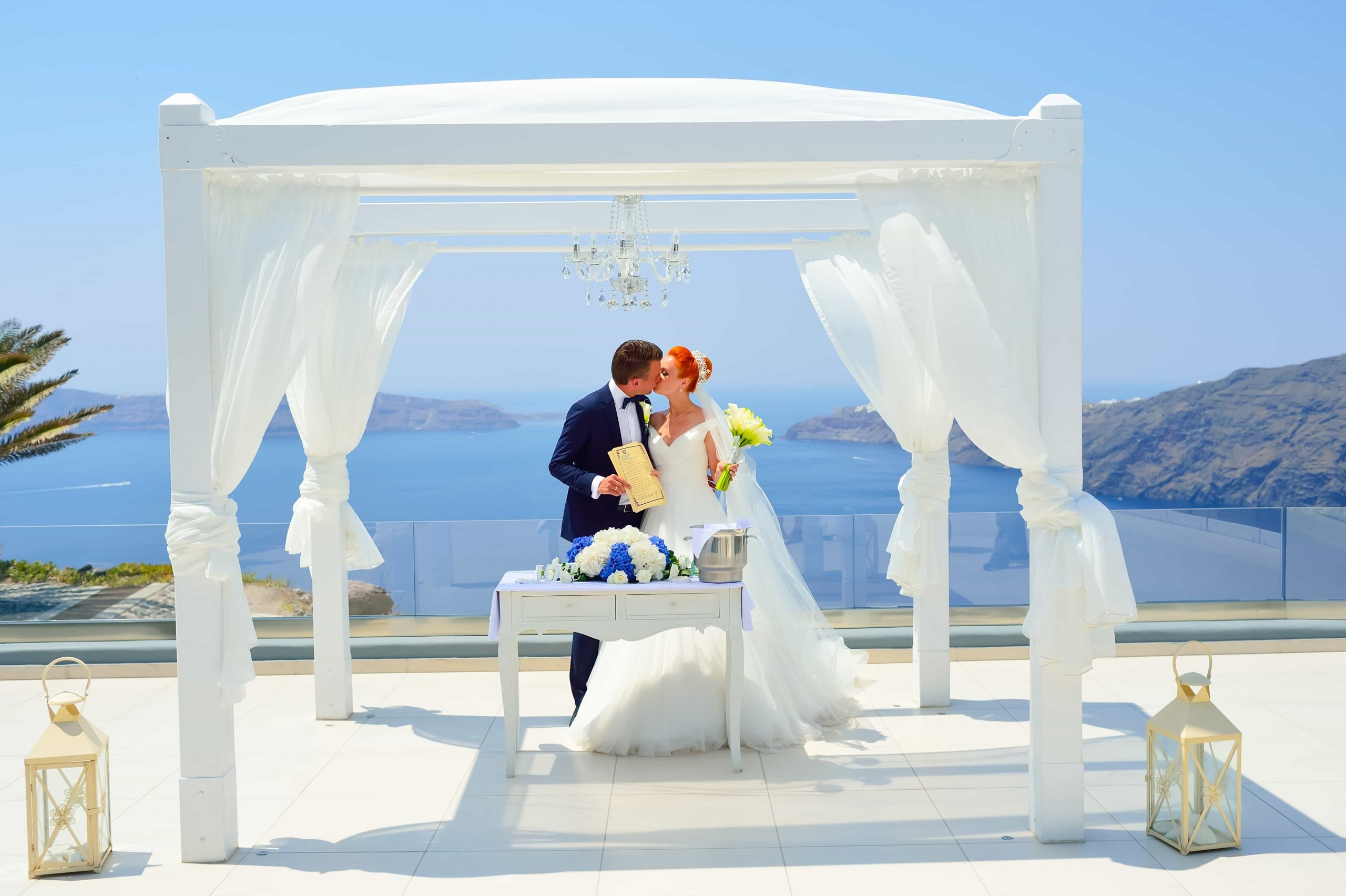 santorini wedding couple 3b