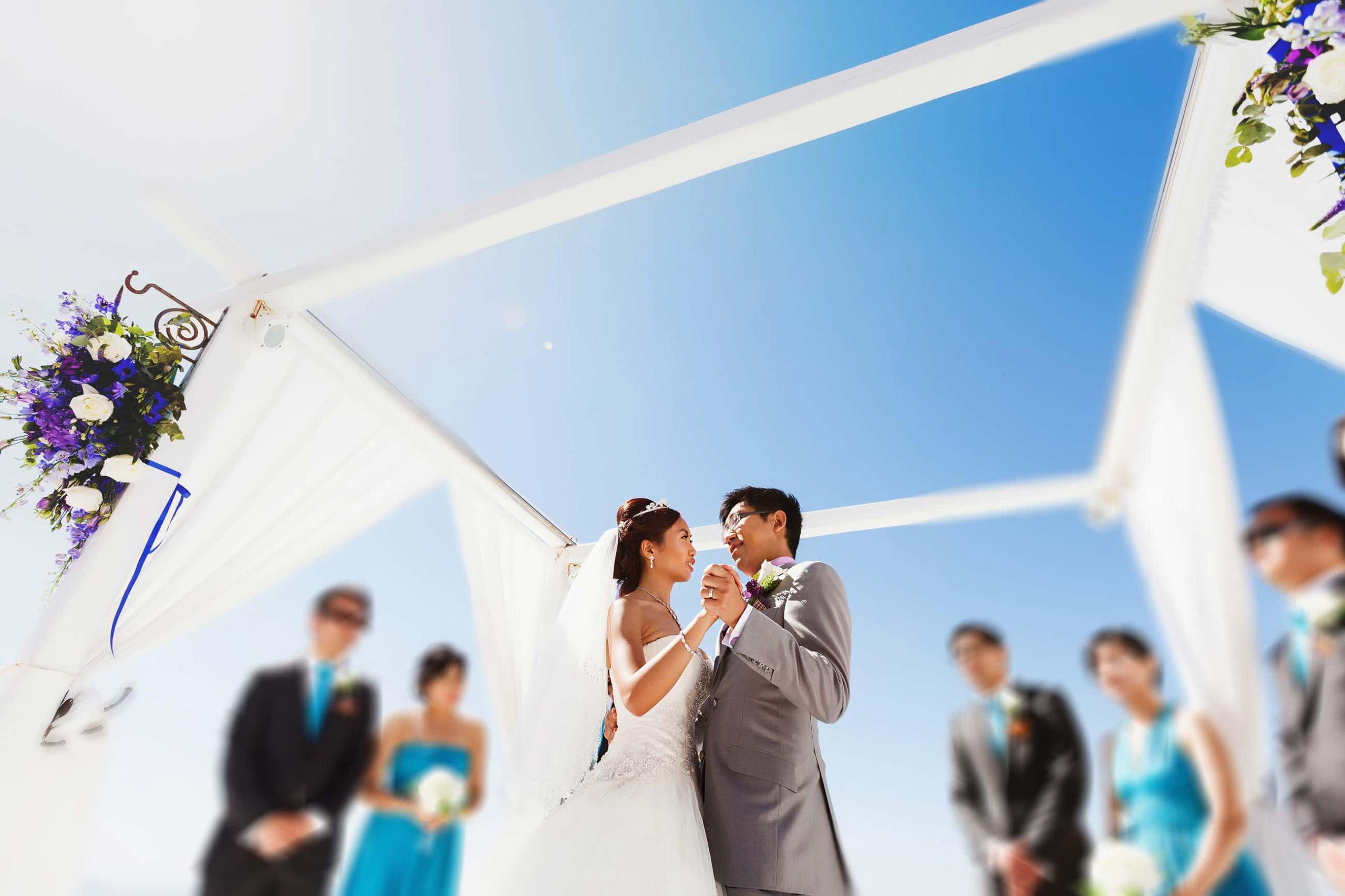 santorini wedding couple 4