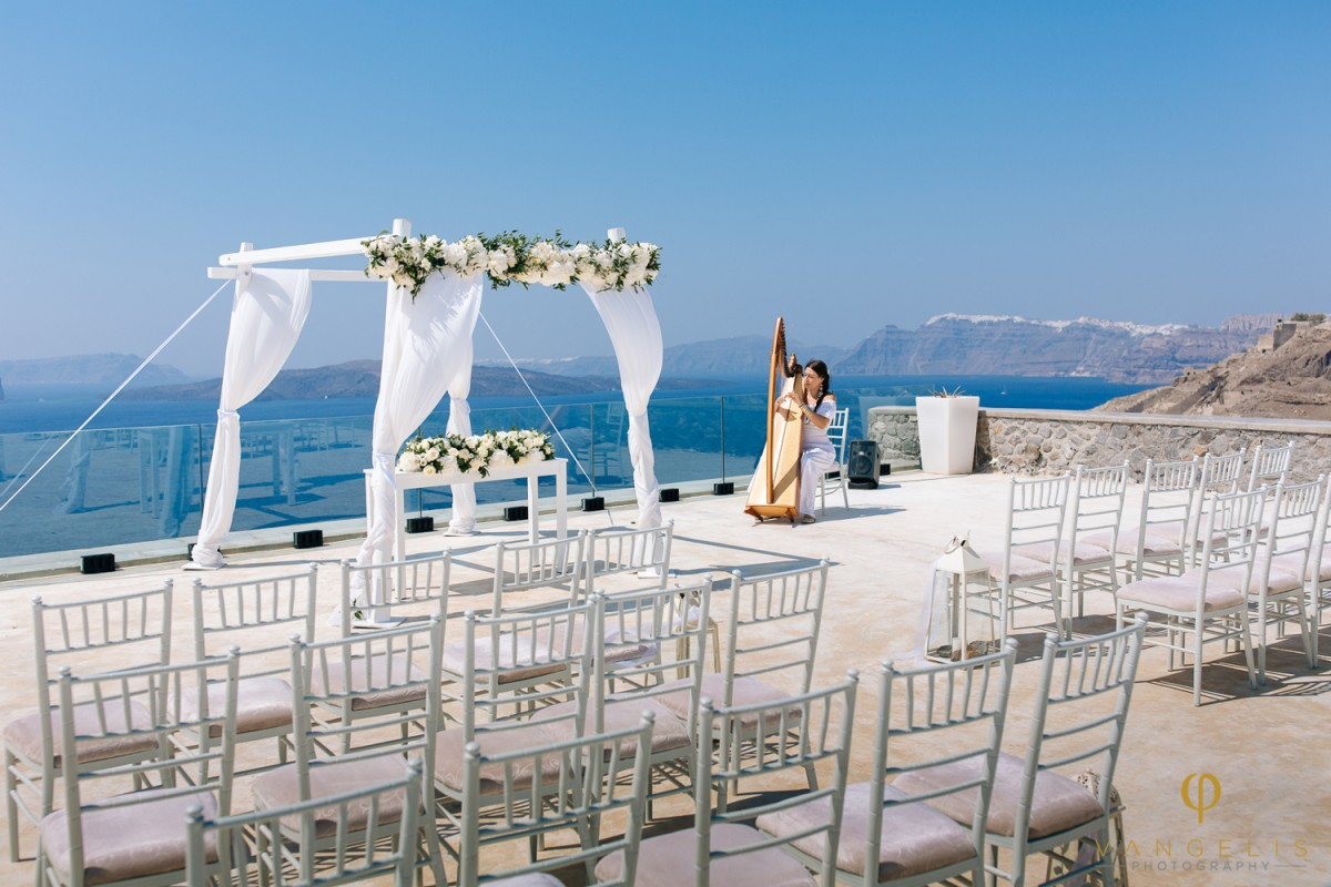 wedding venue in santorini 2